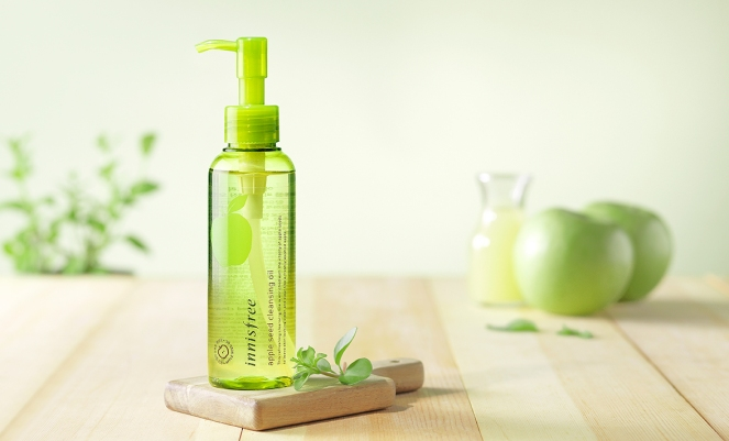 apple-seed-cleansing-oil-1